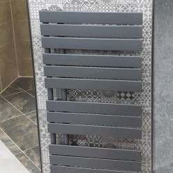 Isumm™ Designer Radiators Clipper 1082mm x 550mm Towel Rail